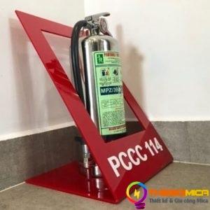 kệ mica trưng bày PCCC